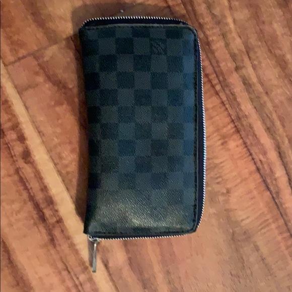 718fbfb966c SALE! Louis Vuitton Damier Graphite zippy wallet